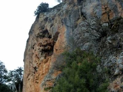 Monumento Natural Tetas de Viana - Trillo; viajes de aventura